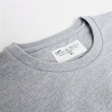 D-414203_Man_Sweatshirt_detail